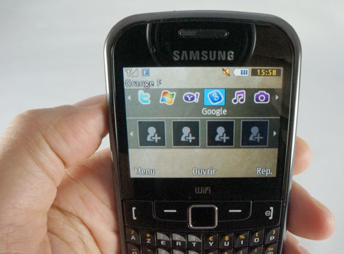 Samsung Ch@t 335 : interface