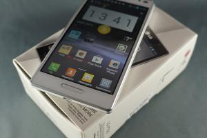 Test : LG Optimus L9